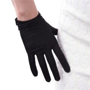 Image 4 - Silk Gloves 23cm Natural Silkworm Silk Elastic Sunscreen Beauty Short Style Women Black Touchscreen Bride Gloves WZS02