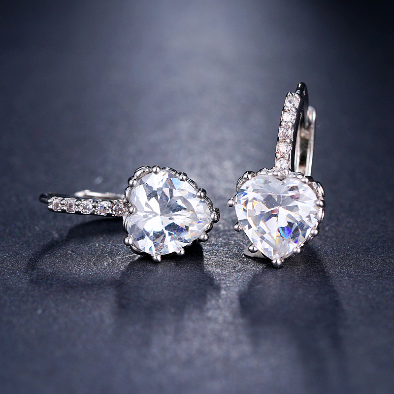 EMMAYA Cute Love Heart Crystal Gold Color Stud Earrings Fashion CZ Rhinestone Jewelry Earrings For Women Wholesale Brincos