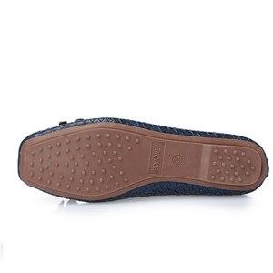 Image 5 - BEYARNE משלוח חינם חדש אופנה מעצב נשים של אמיתי קשת עור רך תחתון שטוח נעלי נשים שחור גדול גודל EUR 35 41