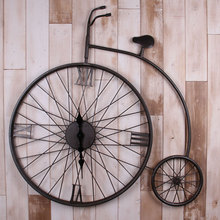 Vintage American country living room wall clock wrought iron bicycle decorated bar restaurant Creative Wall Mural Queen