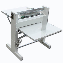 600MM high efficiency creasing machine self-adhesive dotted line cutting machine label cutting machine electric slitting machine
