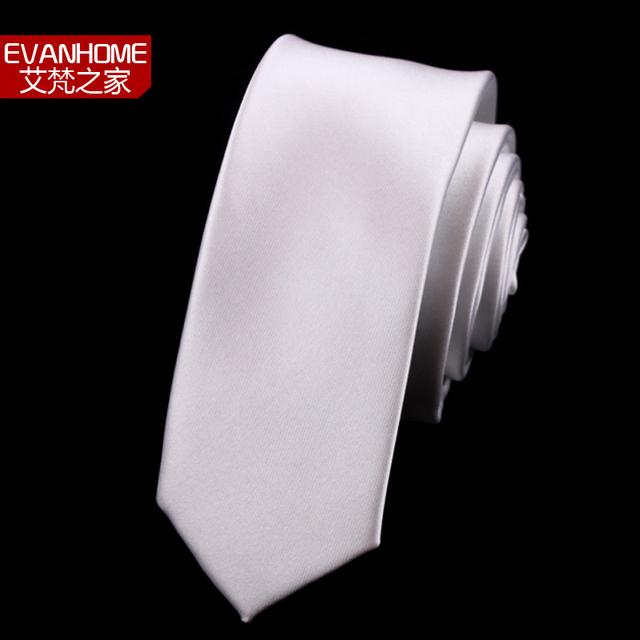 Alta Calidad 2016 Nuevas Llegadas Forman Lazos De Seda para Los Hombres Sólidos Marcas de Color Corbata Lazos de Los Hombres Corbata 5 cm Corbata Delgada Ocasional Blanco