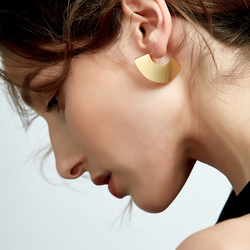 Enfashion Vintage Camber Fan Dangle Earrings Matte Gold color Earings Drop Earrings For Women Long Earring Jewelry Brinco E5424