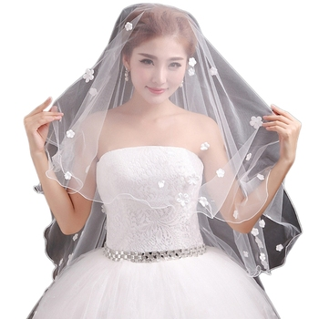 Womens Bride Married Romantic Sweet Flower Appliques Short Wedding Veil Bridal Bridal Veils