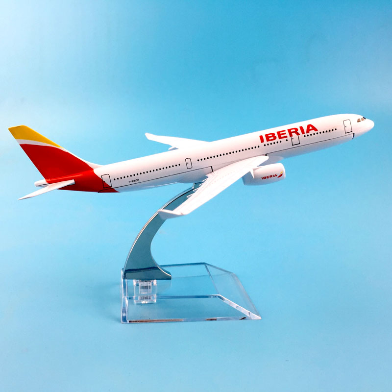 Plane Model Airplane Model Spain Iberia Airlines A330 Aircraft Model Diecast Metal Airplanes Model 16cm 1:400 Plane Toy Gift