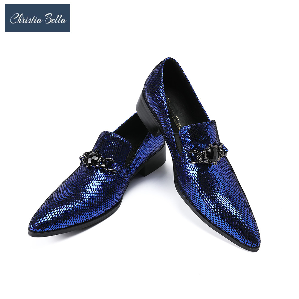 цена Christia Bella Embossed Leather Business Men Shoes Slip On Men Brogues Formal Oxford Shoes for Men Dress Shoes With Metal Chain