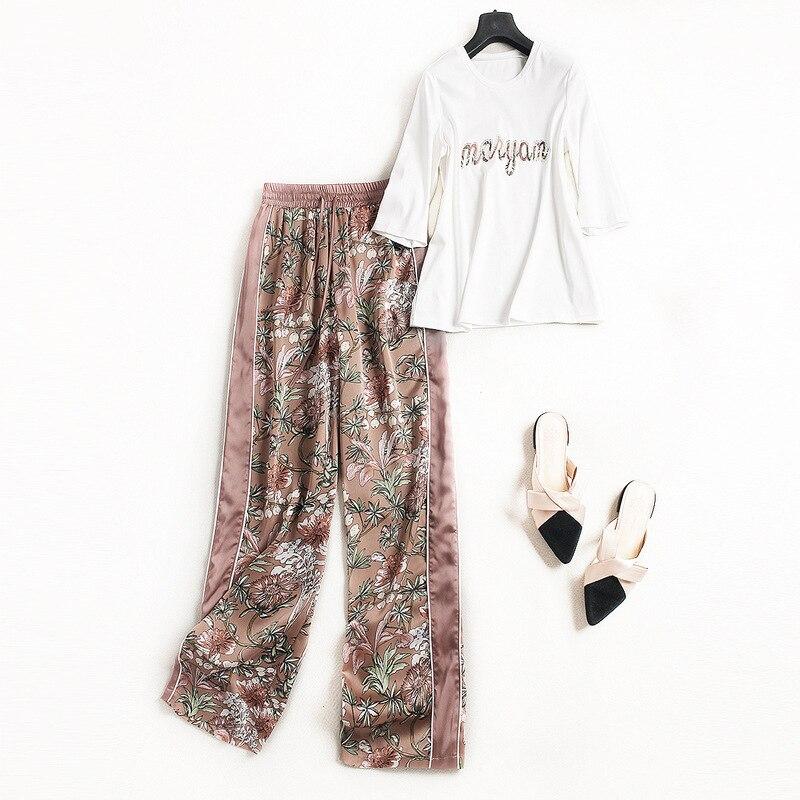 Two Piece Set Europe Fashion 2 Piece Set Women 2018 Summer Sport Suit Women New Letters T-shirt Crop Top + Printed Pants Set