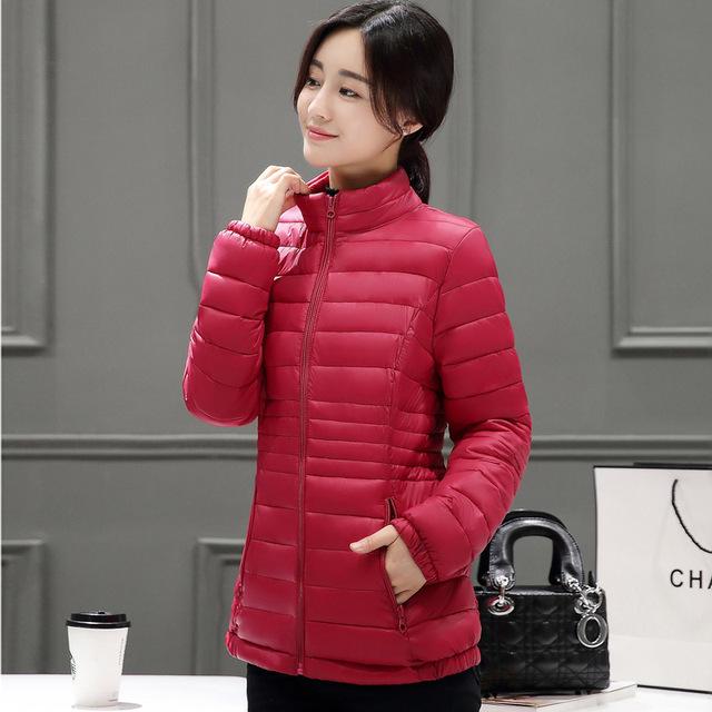 ¡ Nuevo! 2017 de Corea Del ultra slim down algodón Cuello corto tamaño de la hembra delgada Chaqueta de Abrigo de invierno y otoño mujeres de la chaqueta y capa