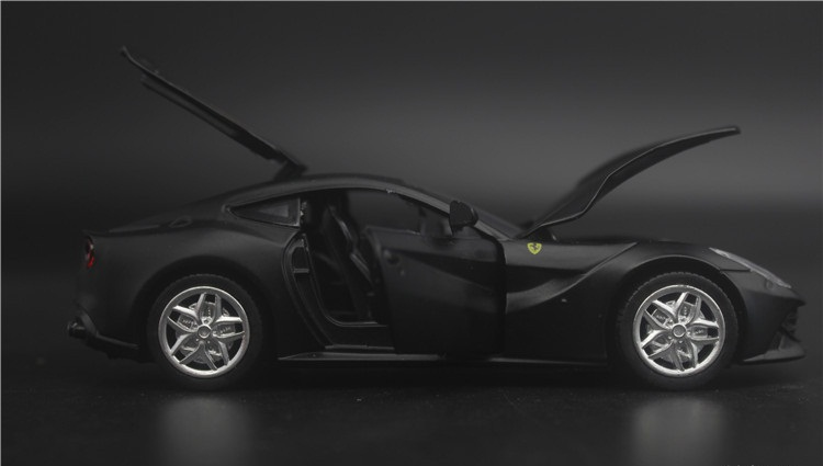 1 32 Free Shipping Large Scale Simulation Alloy Car F12 The original car model induced by