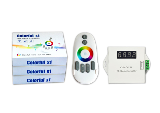 WS2811/WS2812B/USC1903 LED digitale muziek controller met RF touch remote; DC12-24V ingang; kan controle max 600 pixels