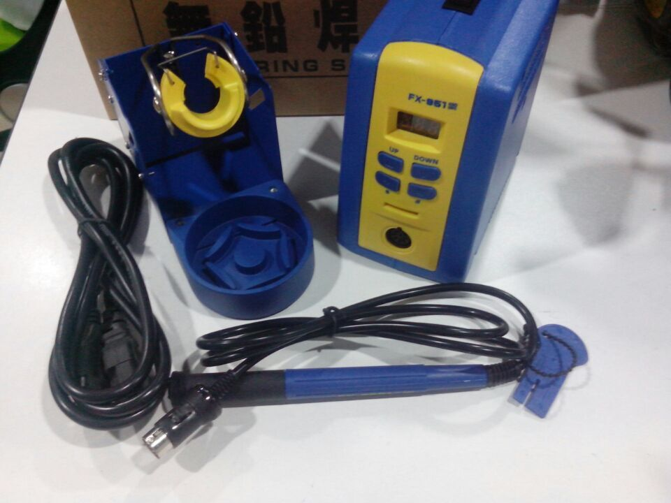 Hakko FX951/FX-951 Economic soldering station ,use with Hakko FM2028,FX9501 soldering Iron, T12,T15 soldering iron tips dhl free shipping hot sale 220v hakko fx 888 fx888 888 solder soldering iron station with 10 free tips 900m t