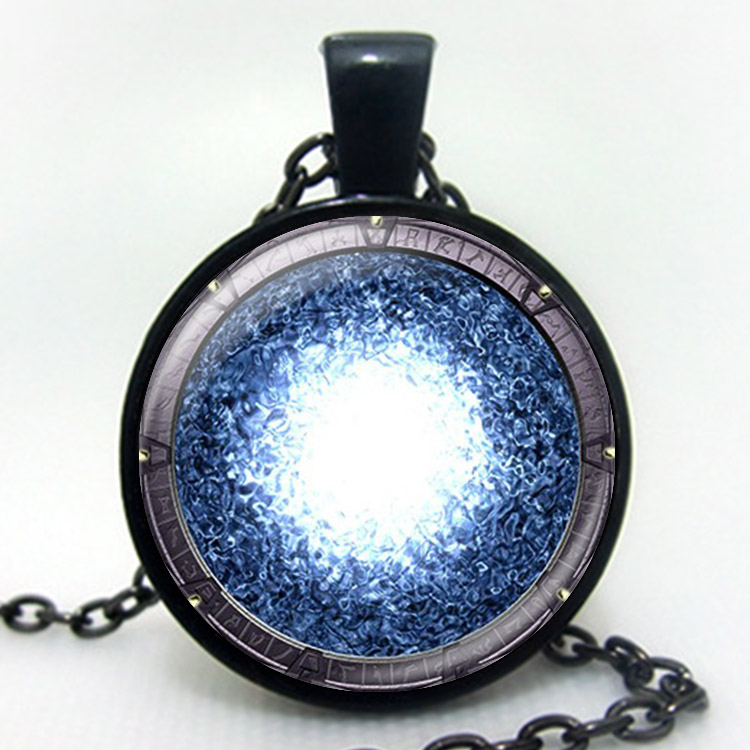 glow necklace pendant shipping free hugerect the glowing jewelry of blue atlantis heart product