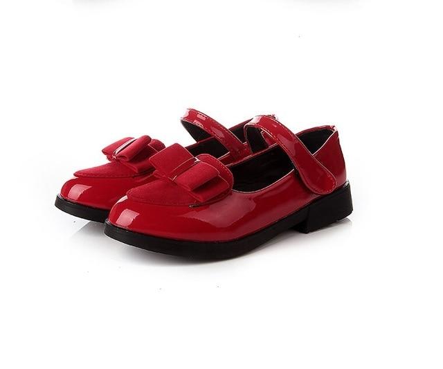 Новинка 2017 Демисезонный модные детские кожаные туфли с бантом сладкая  принцесса Обувь для девочек Танцы Обувь 243a9479bec76