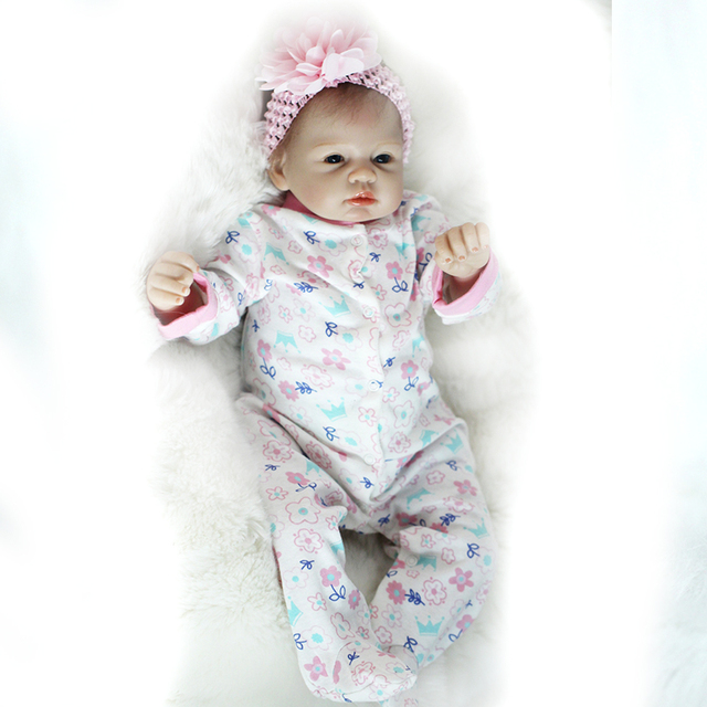 55cm Silicone Reborn Baby Girl Dolls Toy Lifelike For Sale
