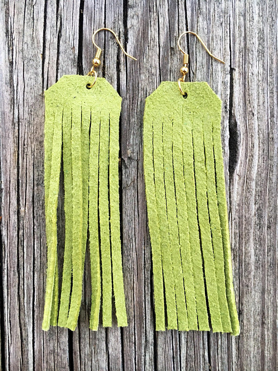 Green Tassel Earrings - Golden Deer Wood Mould is compatible with most leading machines Mold thickness: 15.8mmGreen Tassel Earrings - Golden Deer Wood Mould is compatible with most leading machines Mold thickness: 15.8mm