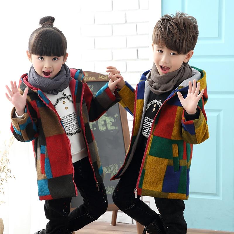 цена на 2018 Boys Girls Fashion Plaid Thickening Woolen Jacket Outerwear For Winter Children Medium-Long Trench Coat Kids Overcoat A123