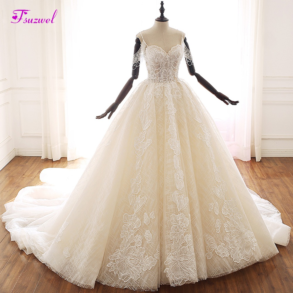 Fsuzwel Romantic Sweetheart Neck Beaded A Line Wedding Dress 2019 Gorgeous Lace Appliques Princess Bridal Gown