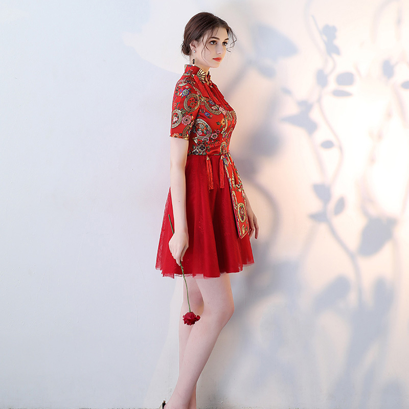 Celebrity Dresses Embroidery Dress Elegent New Vintage vestido de festa 2018 Knee-Length Short Sleeve Red Carpet Dresses Sereia