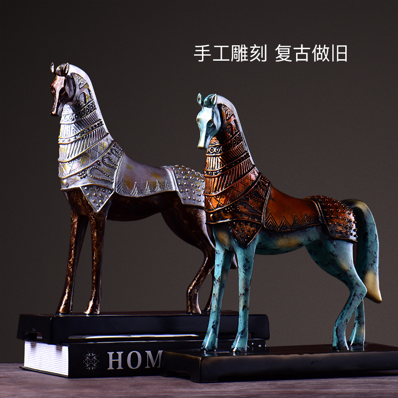 New Trotting Horse Statue Animal Sculpture Figurine Miniture Home Office Decoration Resin Crafts Accessories