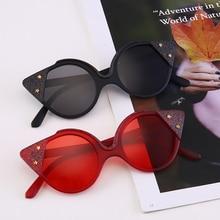 Vintage Round Cat Eye Sunglasses Women 90s Cute Glitter Star Tinted Glasses Red Black Stylish Eyewear Rave Festival New 2019