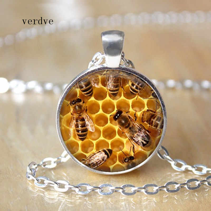 Honey Bee Necklace Save the Bees Jewelry Glass Dome Cabcohon Charm Pendant Necklace Fashion Jewelry Gifts for Women Men Rated