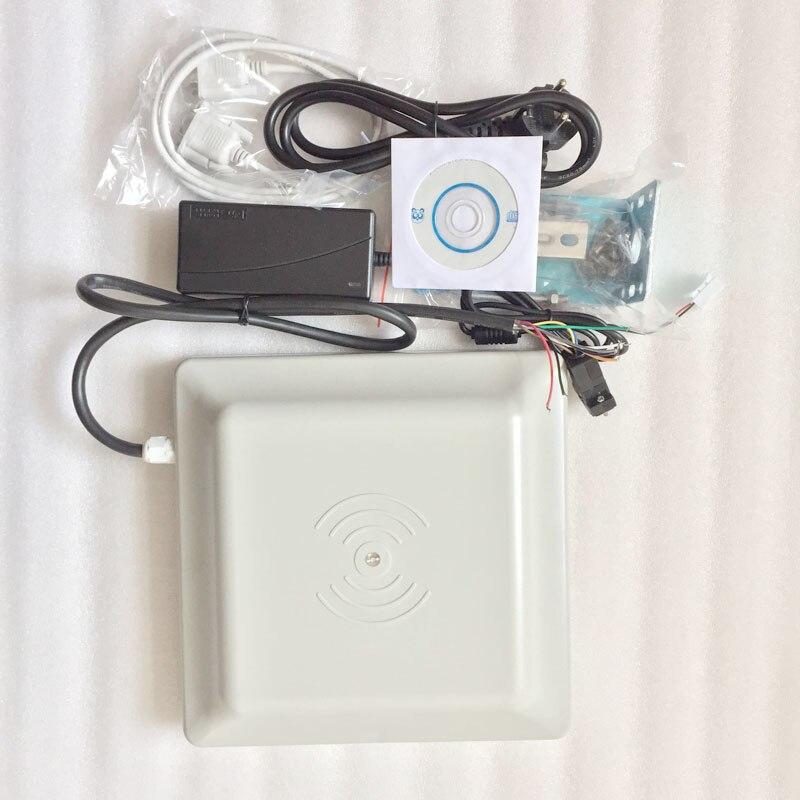 Lecteur de carte UHF RFID longue portée 6 m, antenne 8dbi RS232/RS485/Wiegand lire OEM