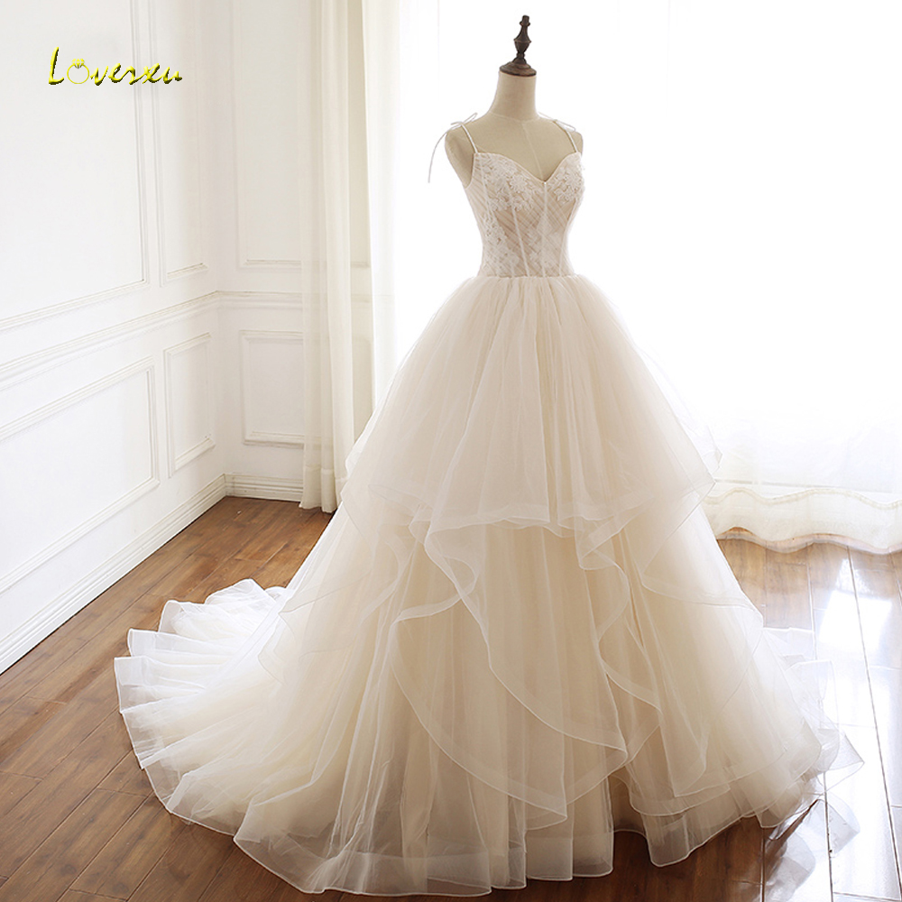 Loverxu Vestido De Noiva Sexy Sweethear Ruffles Wedding Dresses 2019 Appliques Lace Spaghetti Straps Pleat A