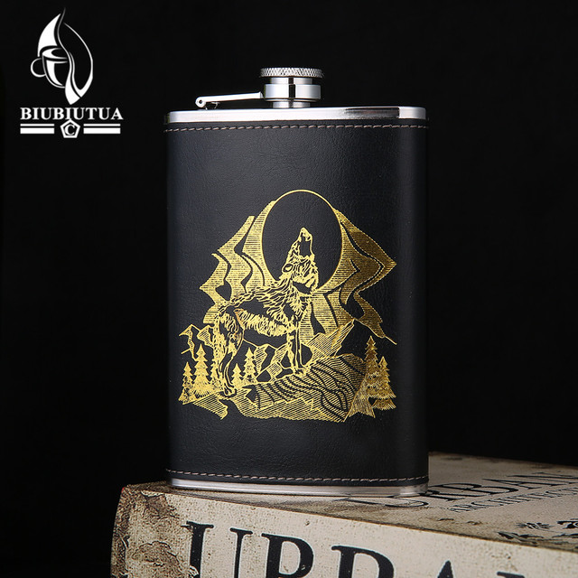 BIUBIUTUA 9oz Wolf And Forest Pattern Mini Alcohol Flask Leather Outdoor Sports Dedicated Stainless Steel Hip Flask