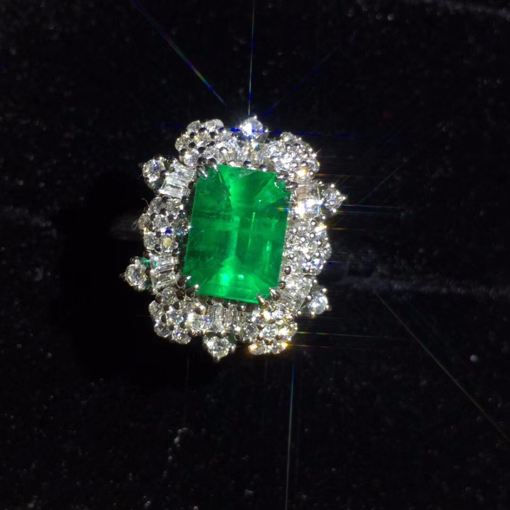 Fine Jewelry Real 18K Gold 100% Natural Vivid Green Emerald Gemstone 2.13ct 18k Gold Diamonds Stone Female Ring for Women Rings