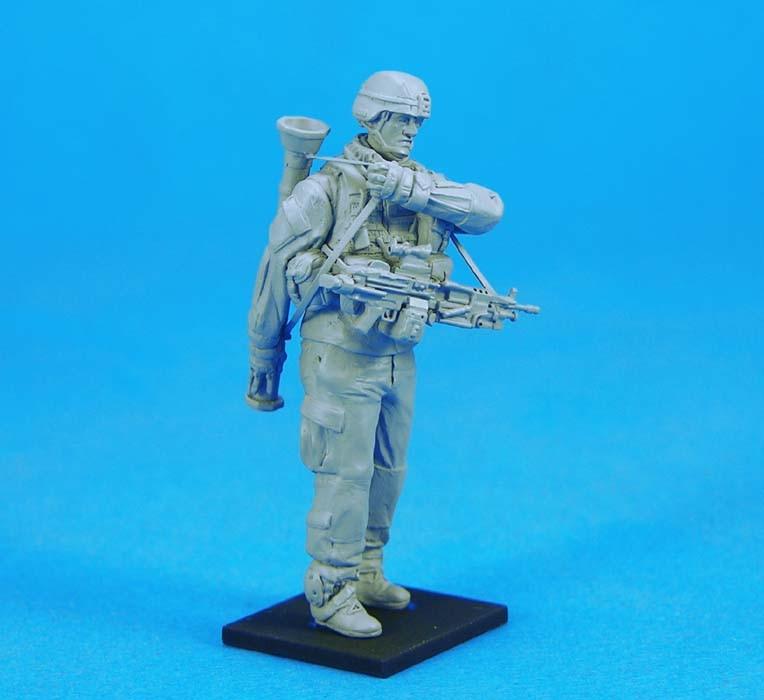 pre order-Resin toys L0123 US AT-4 Gunner Free shipping pre order resin toys l0117 us oif soldier at rest free shipping