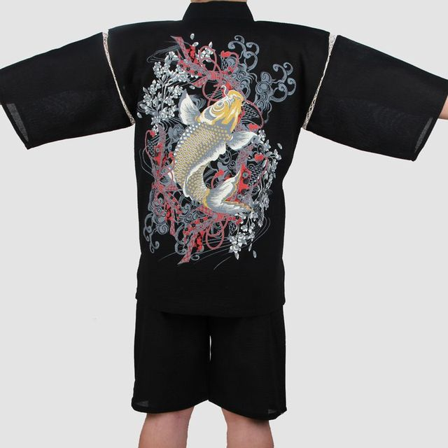 40cecf9e7 Men Cotton Yukata Kimono Suit Men Japanese Traditional Pajamas set Short  Sleeve Tracksuit Top Pants with Fish embroidery pattern