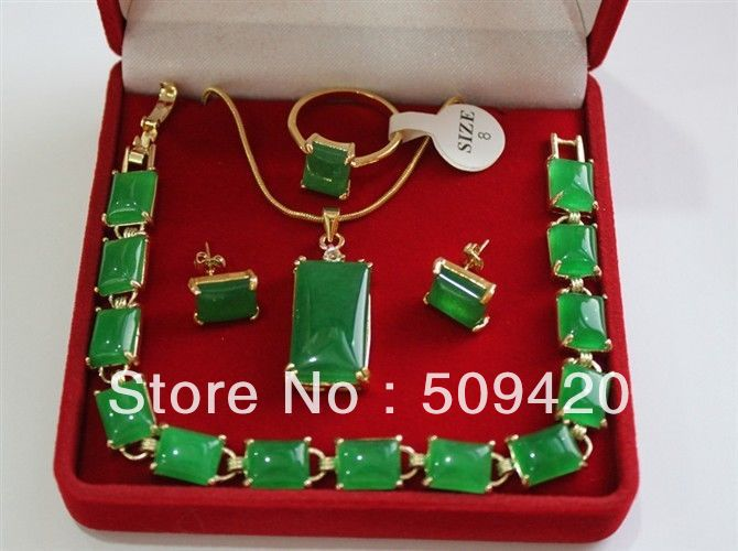 Free Shipping Wholesale>>>natural GREEN JADE  stone link bracelet Necklace earrings RingFree Shipping Wholesale>>>natural GREEN JADE  stone link bracelet Necklace earrings Ring