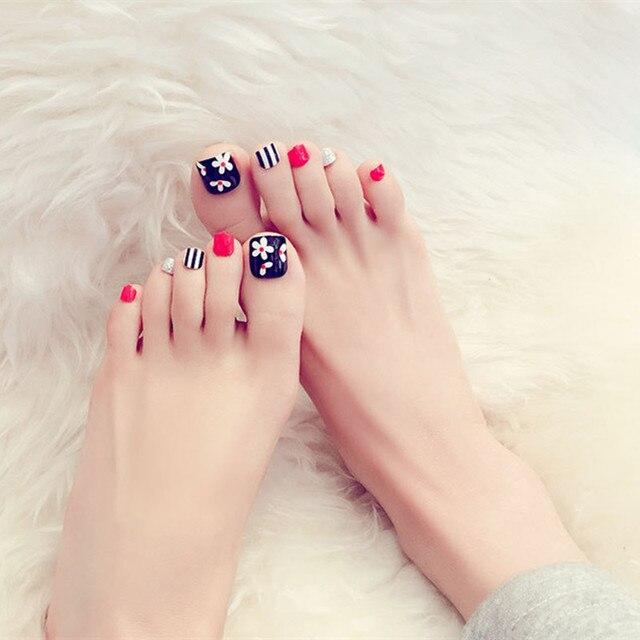 24pcsset Cute Flower Nails Toenail Red Stripe False Nail Acrylic