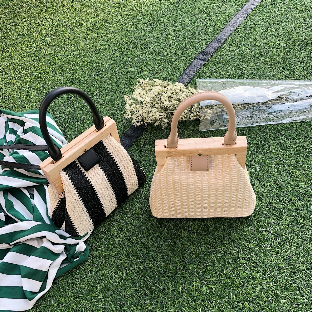 Vintage Woven Straw Bag Wooden Top Handle Clip Women Handbags Rattan Shoulder Messenger Bag Purse Bohemian Lady Summer Beach Sac