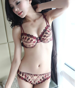 Image 3 - High Quality Womens Underwears Ultra Thin 3 Colors Bras+Panties Set Transparent Floral Lace Sexy Lingeries Underwears Set