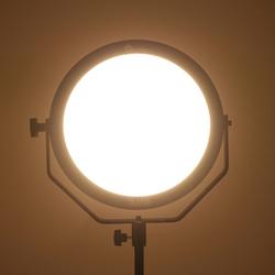 18W 5600K Round Ultrathin Soft Daylight LED  Photo Video Film Shooting Continuous Portable Pocket Light Dimmable RL-18V