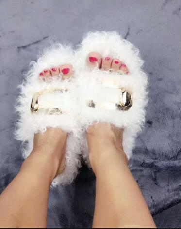 2017 New Fashion Women Synthetic Fur Black White Burgundy Color Slip On Metal Buckle Flat Slide Sandals Casual Out Door Slippers