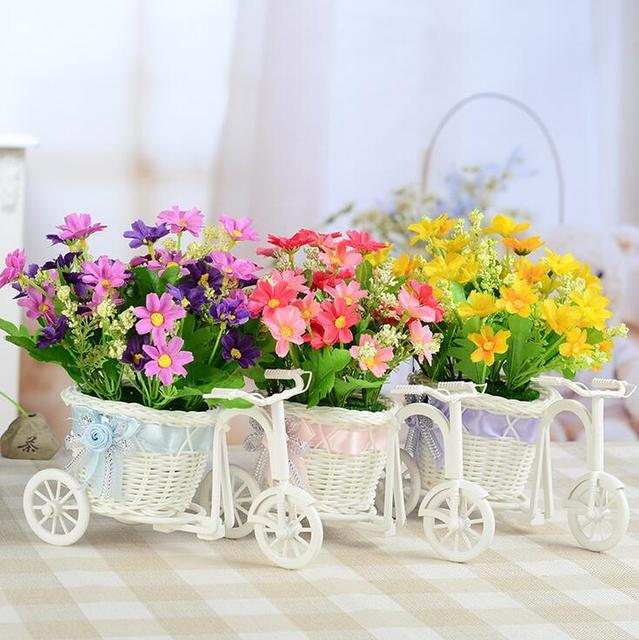 Hotselling free shipping small wheel round basket rattan flower ...