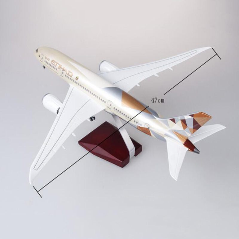 Image 5 - 47CM 1/130 Scale Airplane Boeing B787 Dreamliner Aircraft ETIHAD Airlines Model W Light and Wheels Diecast Plastic Resin Plane-in Diecasts & Toy Vehicles from Toys & Hobbies