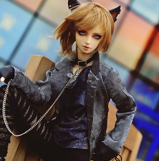 Fashion silver gray coat   For BJD 1/3  ,SD17 ,UNCLE Doll Clothes Accessories