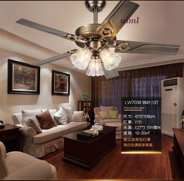 Fan lamp restaurant fan lamp living room European style retro minimalist home fan lamp.