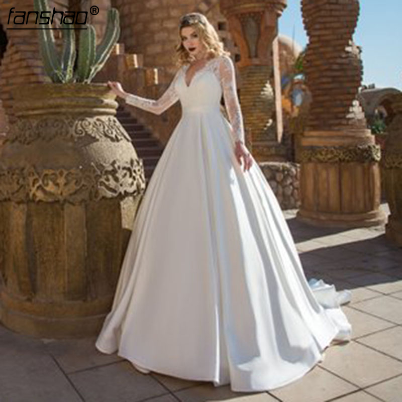 New Plus Size Wedding Dresses Long Sleeve V Neck A-Line Appliques Wedding Gown Custom Made  Lace Satin Bridal Dress