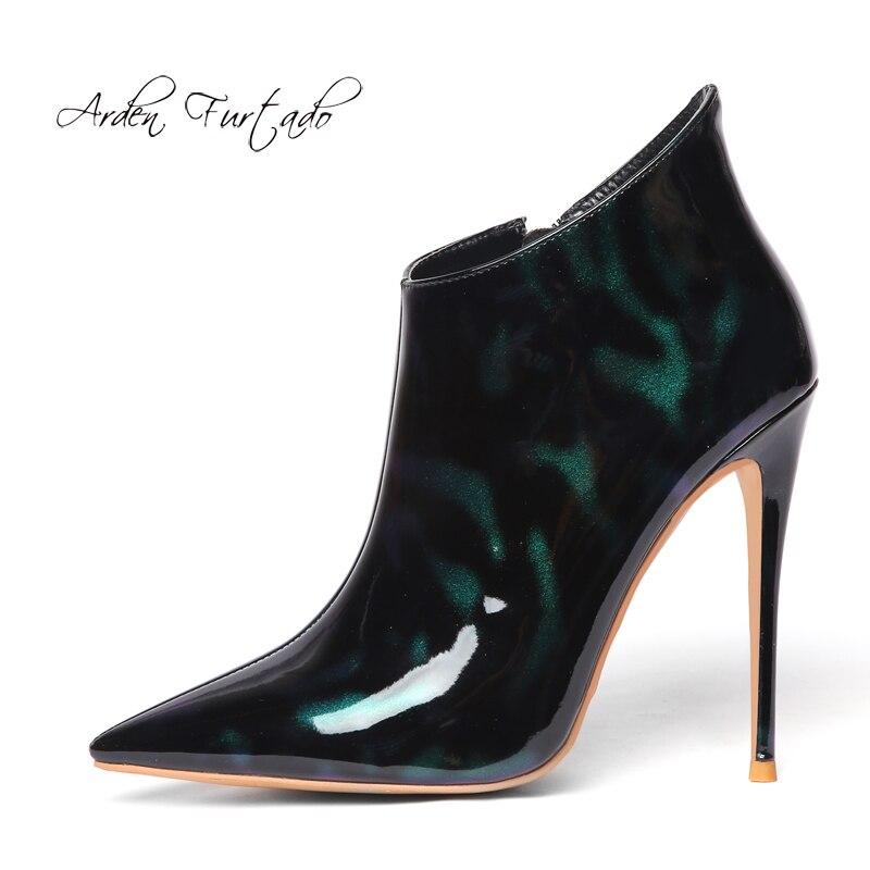 Arden Furtado scarpe delle donne di modo 2019 punta a punta tacchi tacchi a spillo in vernice con cerniera stivali nero e verde di grandi dimensioni 44 45-in Stivaletti da Scarpe su  Gruppo 1