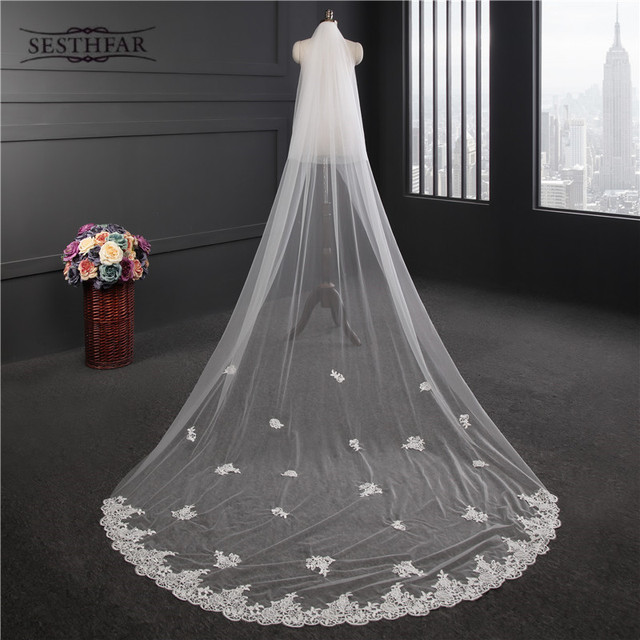 In Stock Long Wedding Veils With Comb Lace Appliques White Ivory Black Cheap Bridal