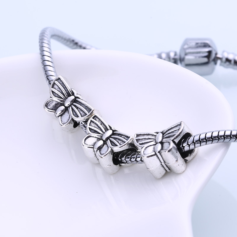 Vintage Silver Metal Butterfly Beads Fit Pandora Charms DIY Zinc Alloy Butterfly Beads for Jewelry Making 20pcs/lot BC1030