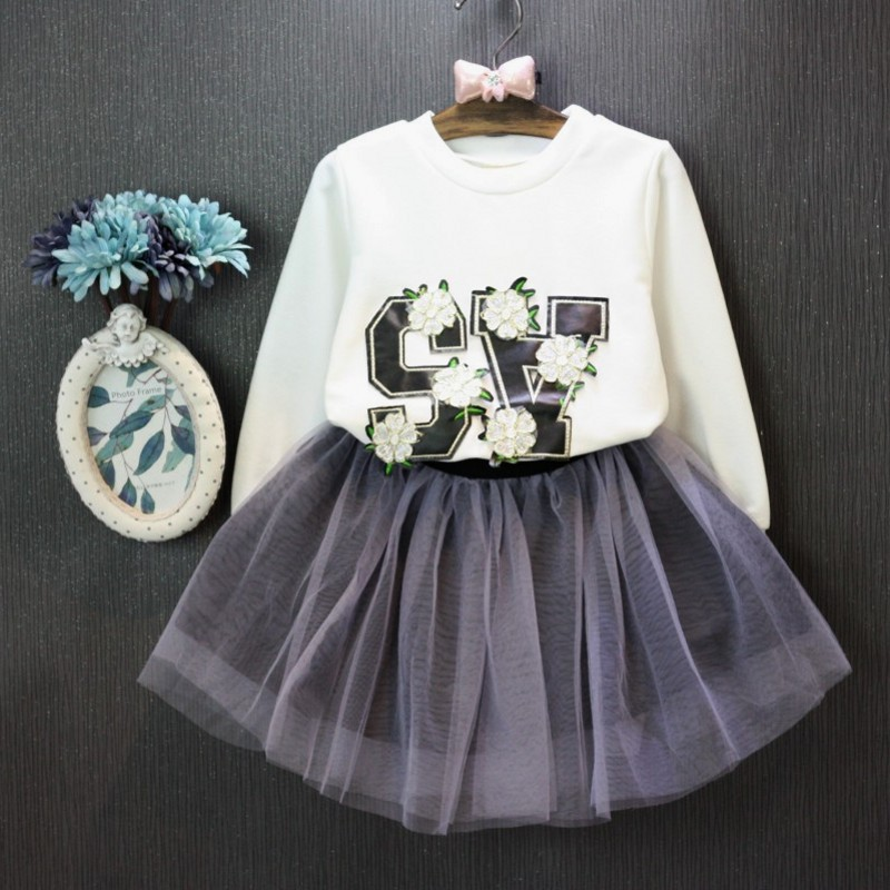 2016 summer Europe fashionable girls  Cute Butterfly fly sleeve lace T-shirt skirt suit children holiday birthday gift