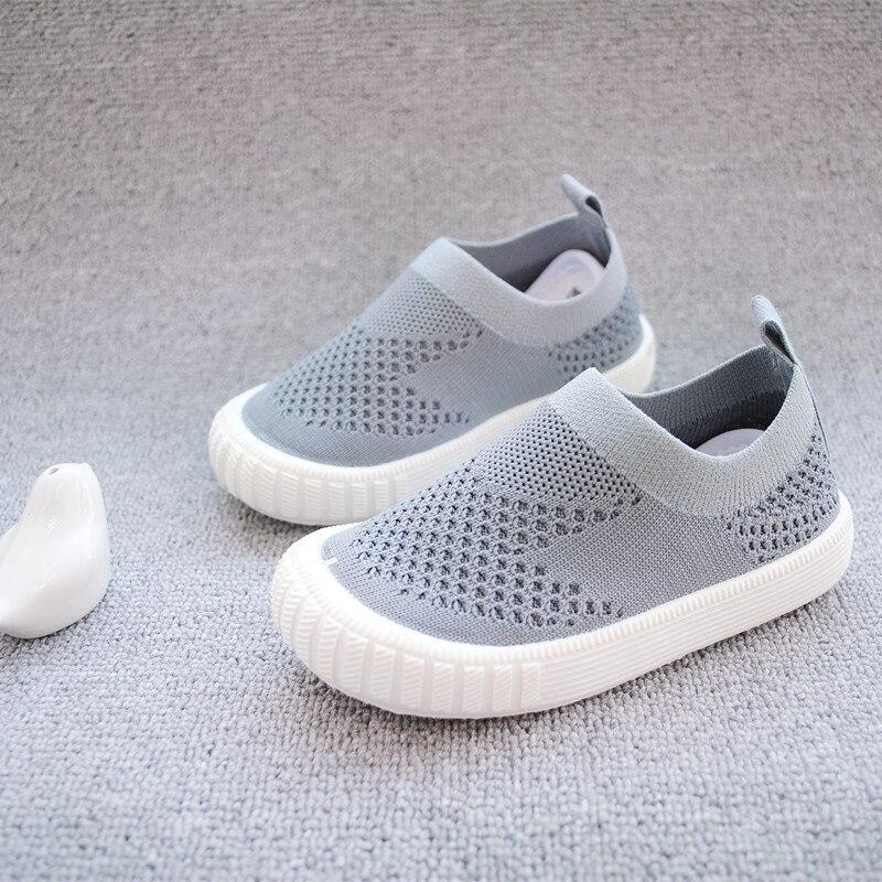 2018 Sommer Baby Kinder Kinder Casual Schuhe Für Mädchen Mode Hohl Sandalen Strand Schuh Anti-rutschig Einfach Zu Tragen Freies Verschiffen