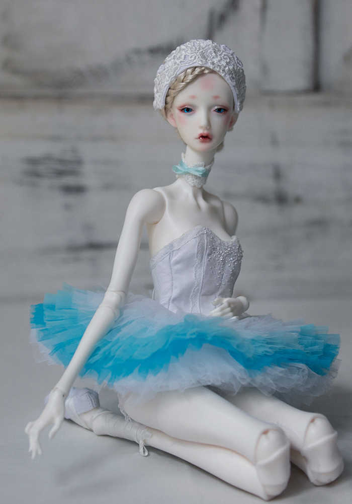 BJD 1/4 White Swan / Black Swan  resin model figures toys make up free eyes HeHeBJD High Quality toys