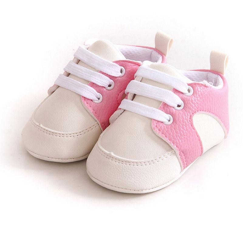 ef38d22177c70 Simple style Bébé garçon fille PU doux fond Plat chaussures podomètre  chaussures apprentissage pied chaussures première marche Enfant