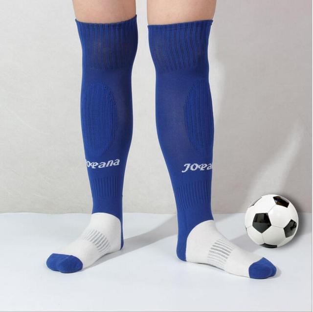 6cae4aad19d Men s Stripe Knee High Tube Socks Football Rugby Soccer Running Breathable  Anti-slip Sport Socks